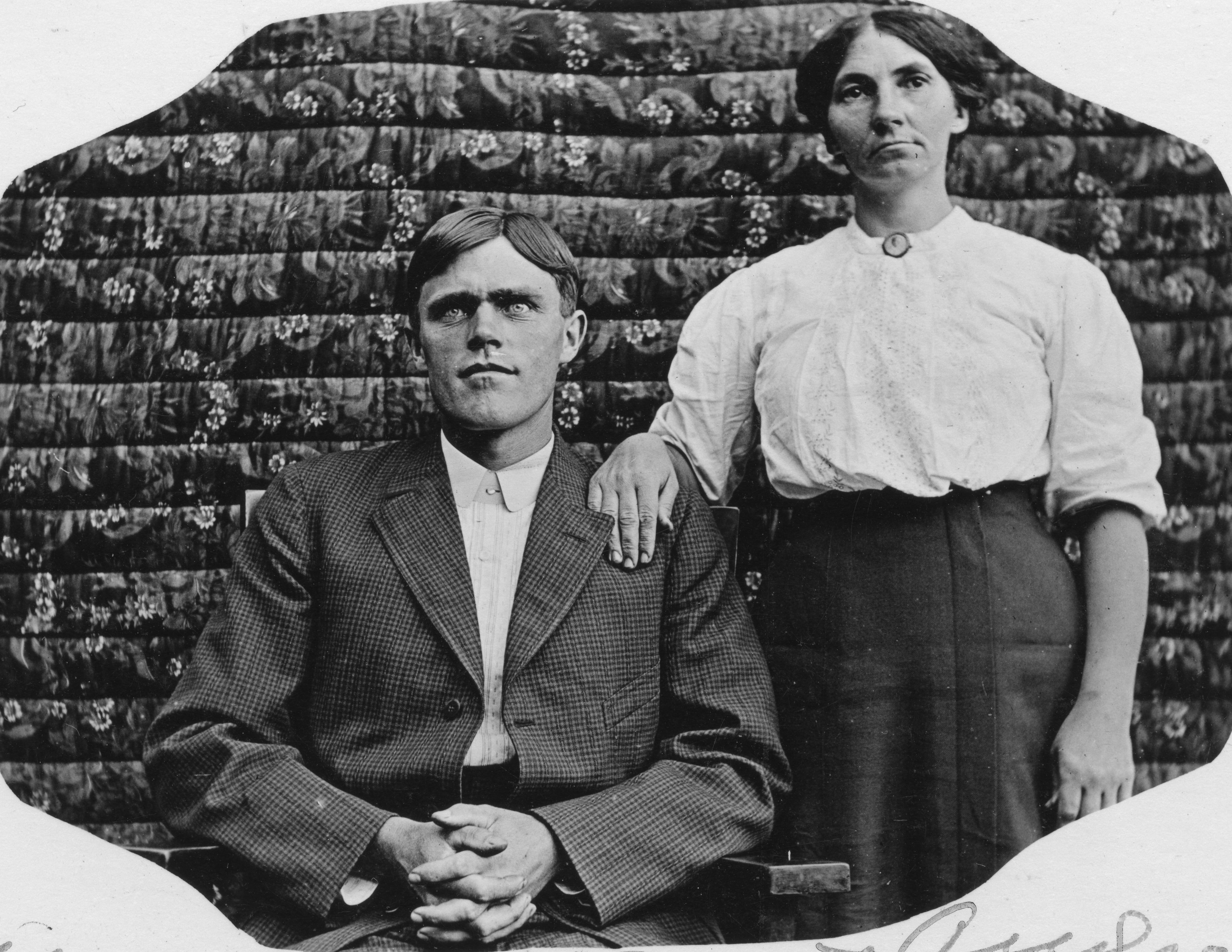 Bert and Minnie Andrews