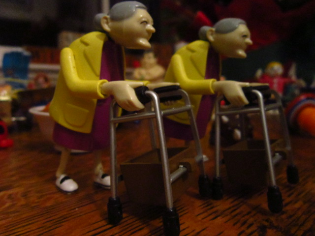 Wind-up Grannies