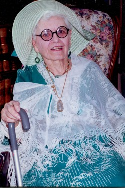 Dale Espy Little, The Queen of Hats, 1999