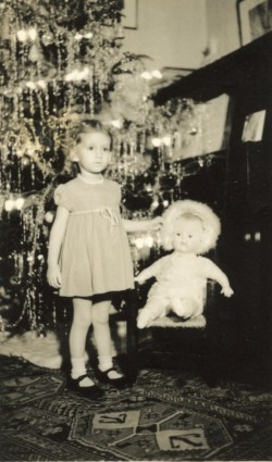 Sydney with Cry-Baby, Christmas 1939